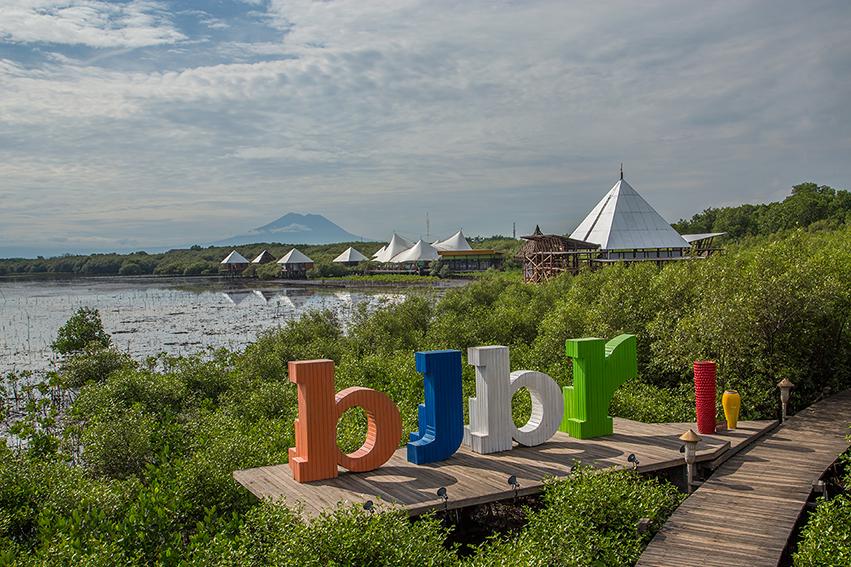 bee jay bakau resort